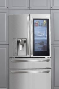 LG Instant View Fridge with chstom chill drawers help kees food fresher longer